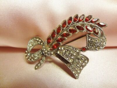 Vintage Antique Art Deco Pot Metal Leaf Red Clear Rhinestone Brooch Pin