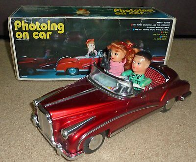 Photoing On Car - Chinese Tinplate Model - Full working order - Box - Vintage