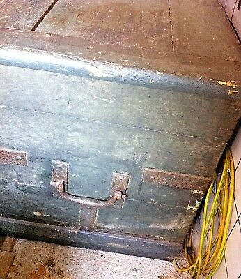 Antique wooden chest pirate chest. CASH ON COLLECTION ONLY