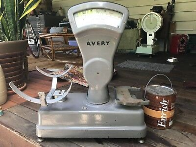 Vintage Avery Grey Enamel Large Shop Scales VG. Condition