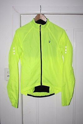 Bontrager Light Weight Wind Jacket Size S 84-89cm chest RRP $120 Packable Fluoro