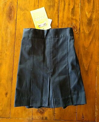 Stubbies girls school uniform navy skorts size 6 BNWT