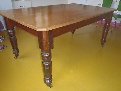 Dining table six seater oak antique