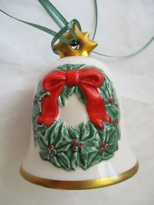 Goebel ~ 1986 ~ 3rd Edition of the Annual Wreath Bell Collection ~ EUC