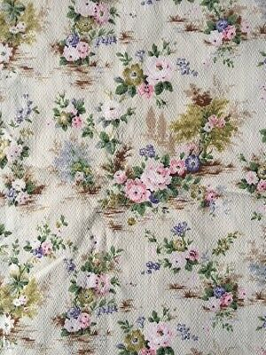 Lovely vintage floral fabric / curtain