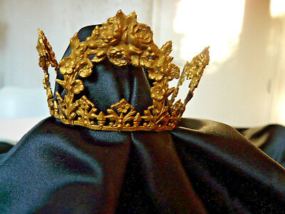 Antique French gilded brass statue crown with roses