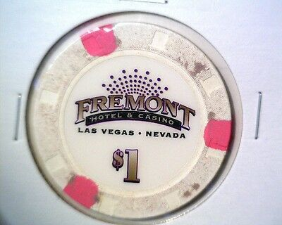 Fremont Casino Las Vegas Nevada $1 Chip Colorful & Collectible #4