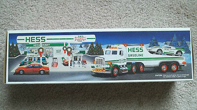 1991 Hess Toy Truck and Racer Real Head and Tail Lights Brand New in Box NIB