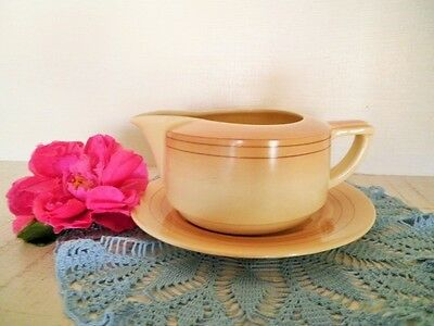 VINTAGE GRAVY BOAT & PLATE ROYAL DOULTON D5666 ART DECO CREAM SAUCE JUG see MORE