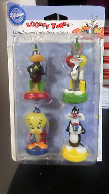Looney Tunes Birthday Candles & Cake Decorations-Lot Of 4