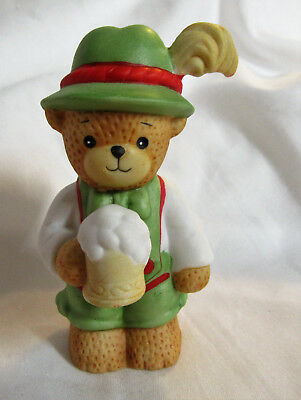 Lucy & Me ~ Octoberfest Irish St. Patrick's Day Beer ~ Figurine