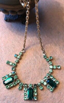 Vintage Retro 50s glam Prong Set emerald Rhinestone Gold Metal Matinee Necklace