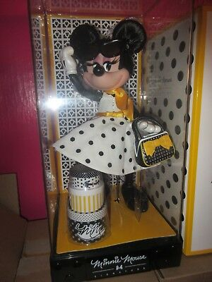 minnie mouse limited edition signature doll (yellow )
