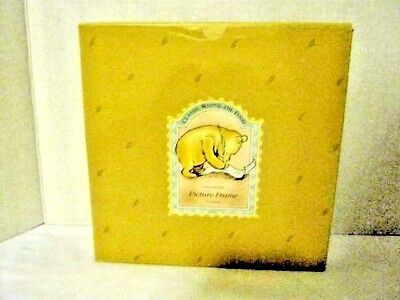"""Charpente Picture Frame 4"""" Round ( Classic Winnie the Pooh)"""
