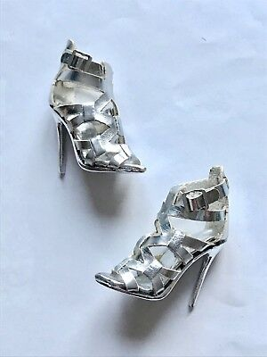 Fashion Royalty Doll 12 Inch Silver Shoes Heels Sandals Stunning Timeless Adele