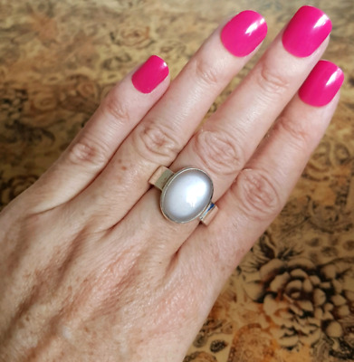 Moonstone Ring, size 8 1/2 US, Sterling Silver, Healing Gemstone