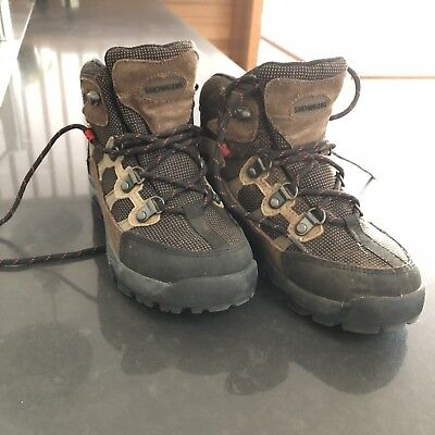 Junior hiking boots