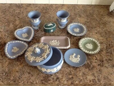 Wedgewood pottery pieces - 10 items