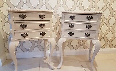 Stunning pair of vintage french style bowed legs bedside tables drawers