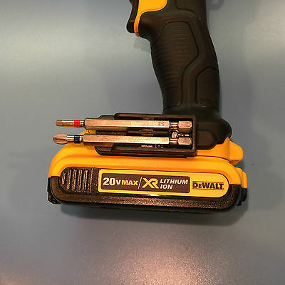 DeWALT DUAL BIT CLIP FITS ALL 20V MAX LITHIUM TOOLS WITH MOUNTING SLOT