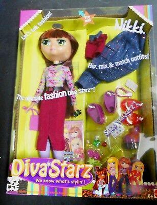 Mattel 2002 Diva Starz Fashion Doll Talking Nikki  MIx n Match Outfits Shoes +++