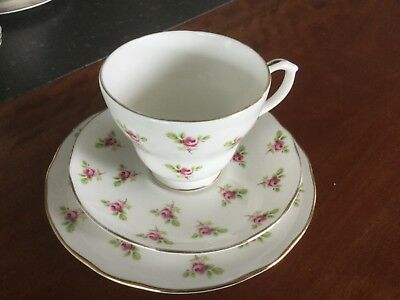 Duchess Trio Patt Pink Rose Buds On Fine English Bone China
