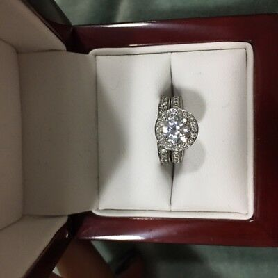 18ct White Gold and Diamond Engagement Ring with Matching Wedding Band