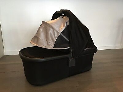 UPPAbaby® VISTA Bassinet in Jake Black 2017 model - with accessories