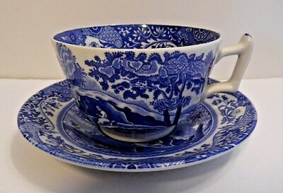 Spode Italian Blue White Cup and Saucer Sets C.1816 R & Q