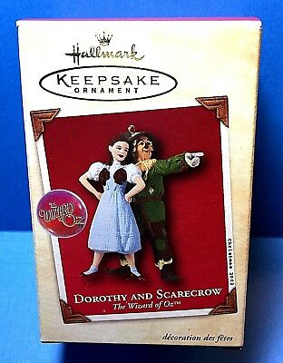 "Hallmark ""Dorothy and Scarecrow"" Wizard of Oz Ornament 2002"