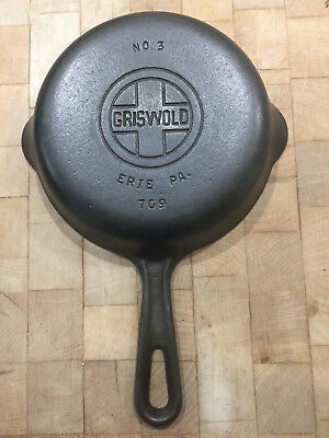 Vintage #3 Griswold Cast Iron Skillet, 709, Small Logo, Grooved Handle