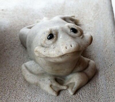 """2000 Quarry Critters """"Frankie"""" Frog Figurine Statue Second Nature Designs"""