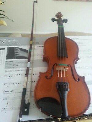 Stenor Beginners Violin Outfit - 1/2 Size Childrens Violin - Ideal First Violin