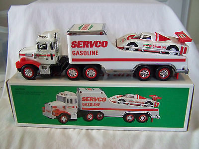 vintage-1989--servco toy truck and racer---