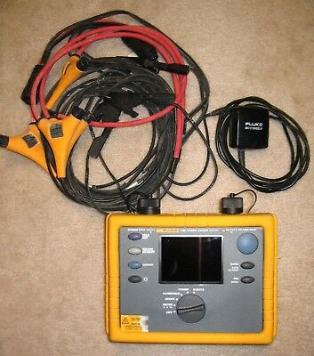FLUKE 1735 Power Logger Used Very Good with cables