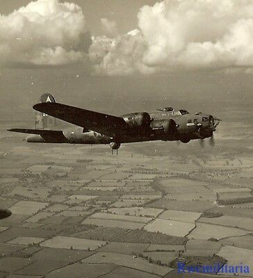 "Org. Nose Art Photo: Aerial View of B-17 Bomber ""DEEZIL"" in Flight!!!"
