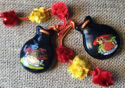 Vintage Retro Collectable Kitsch Souvenir Spain Painted Musical Maracas Set