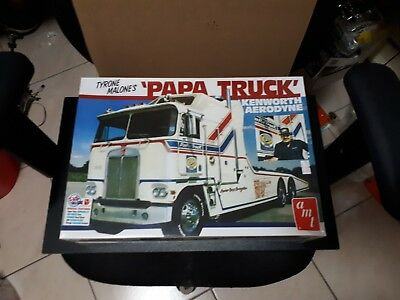 AMT Tyrone Malones PAPA TRUCK 1/25 scale