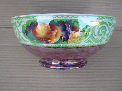 Maling lustre ware fruit bowl with grapes & peaches decoration. Numbered 5911