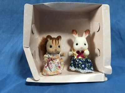 Sylvanian Families  - Original Squirrel Mother And Chocolate Eared Rabbit New