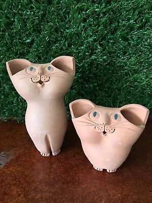 Signed Schaer Australian Pottery - Cat Figurines