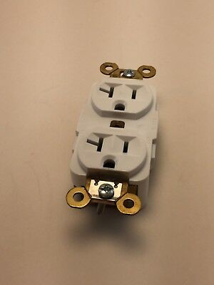 BOX OF 10 WHITE Hubbell Duplex Receptacles NEW - HBL5362W 20A 125V 3P