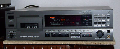 DAT recorder SONY PCM2700A (versione professionale del Sony DTC77ES)