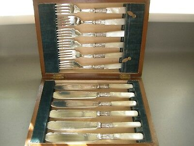 VICTORIAN MOTHER OF PEARL HANDLE FISH KNIVES & FORKS - Hardwood Case