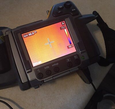 FLIR B400 IR Infrared Camera W/ Battery AC Adapter Charger Stylus Case V Cable