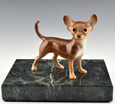Hagen Renaker Pedigree Dog Chihuahua Brown - New - Item # 04025BRN Light
