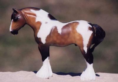 Retired Horsing Around Tina Lamport Resin Draft Horse Spotted Paint Clydesdale