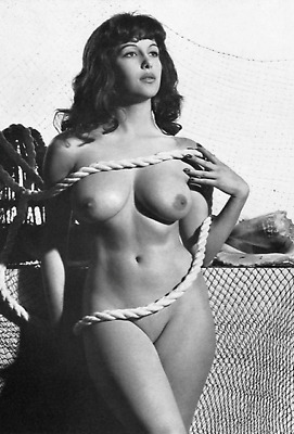 Marie Deveraux Sexy Busty Set Of 10 B/w Hammer Horror Photos 6 X 4 Nude Photos