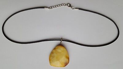 7,16g Antique NATURAL BALTIC AMBER Necklace Egg Yolk/ Butterscotch/ Yellow