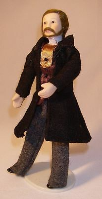 DOLLS HOUSE MINIATURE DOLL-Porcelain-Man-Victorian  Flexible 1:12 accessory